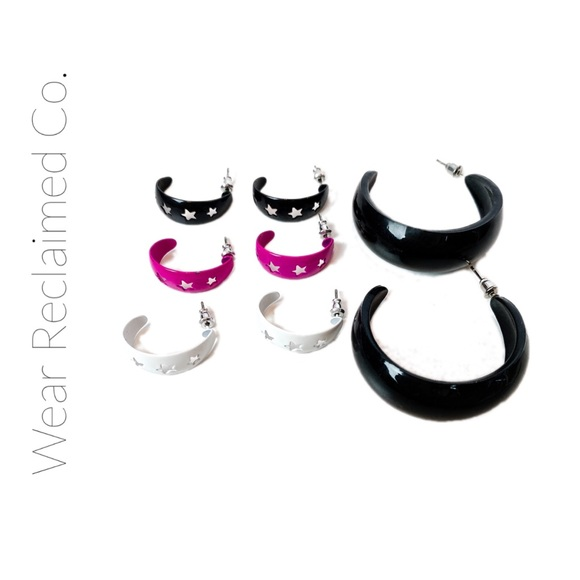 FREE W/PURCHASE - Crescent Loop Earrings